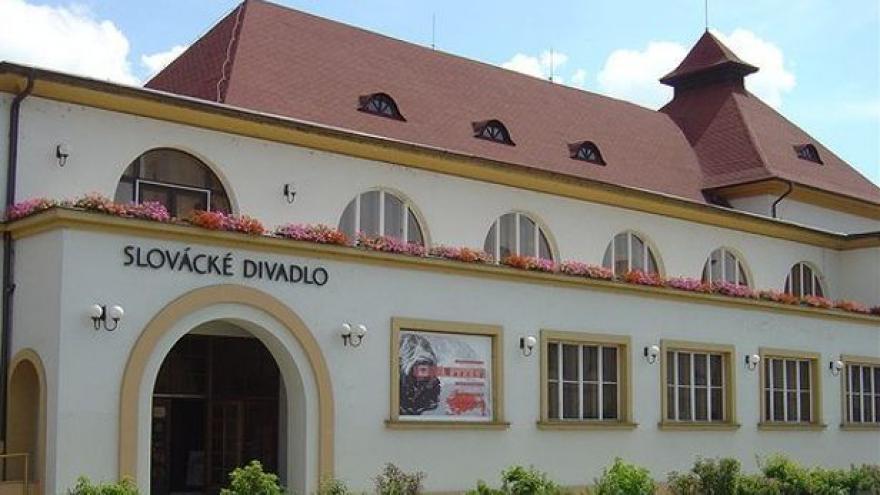 Video Město prodloužilo smlouvu Slováckému divadlu