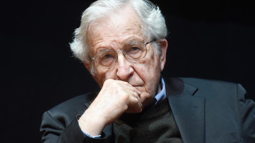 Video Hyde Park Civilizace - Noam Chomsky