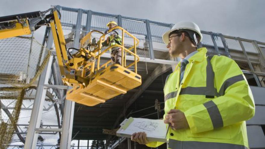 Video Růst stavebnictví i průmyslu v dubnu zvolnil