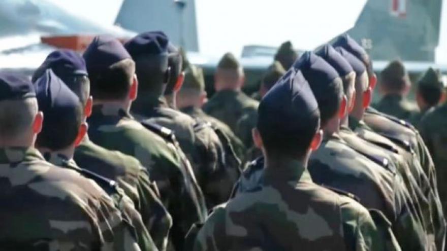 Video Spor o vojska USA v Událostech ČT