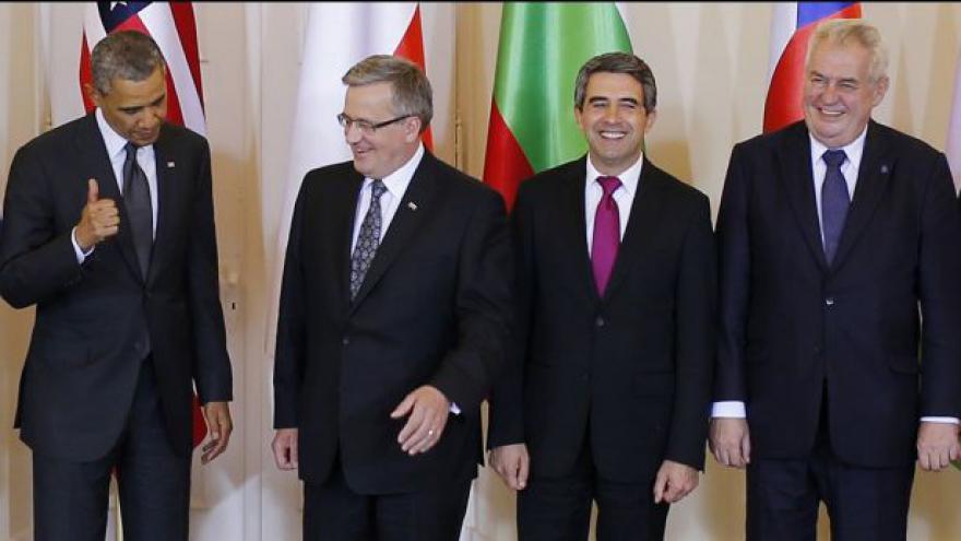 Video Reakce českých politiků na ohlášenou Obamovu strategii