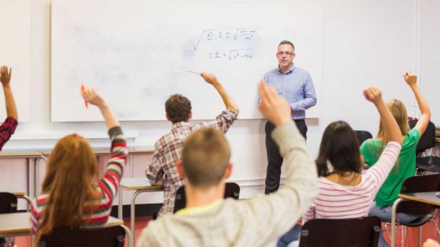 Video Učitelé dostanou přidáno o jedno procento