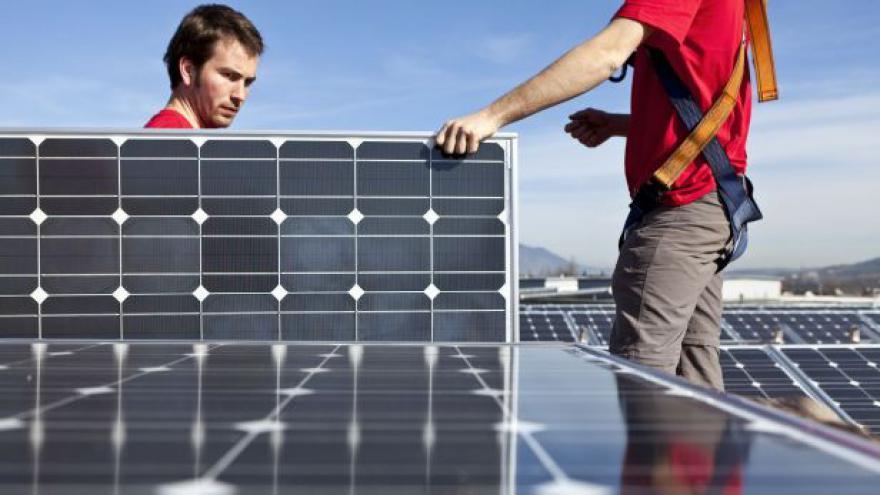 Video Prezident Zeman odmítá podporu obnovitelných zdrojů v EU