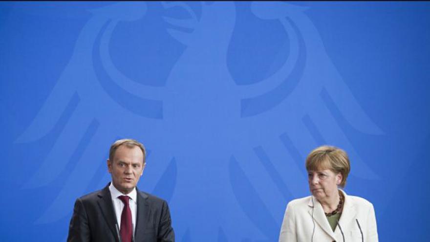 Video Brífink německé kancléřky Merkelové a polského premiéra Tuska