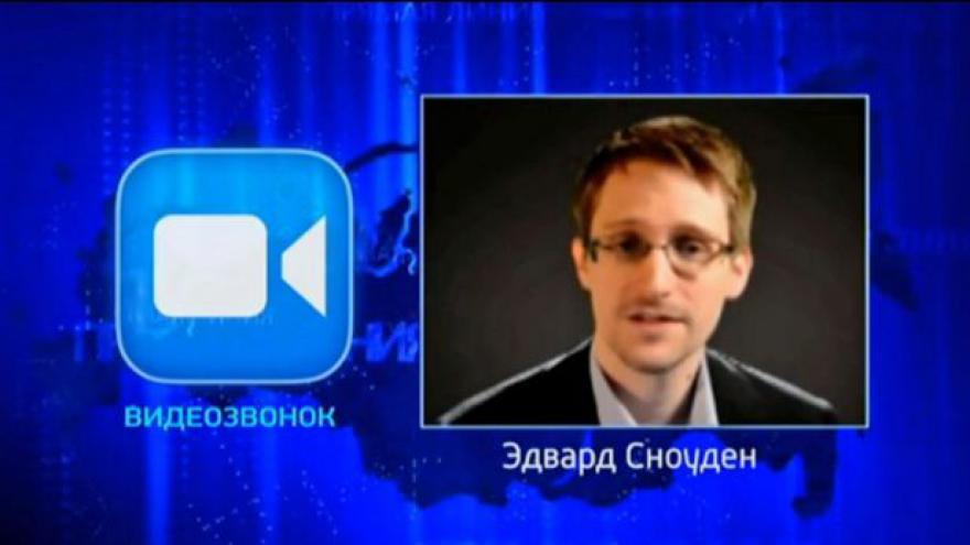 Video Sledujete občany stejně jako NSA? ptal se Snowden Putina