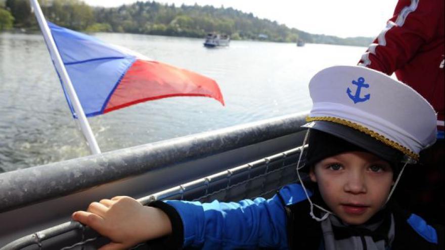 Video NO COMMENT: Zahájení plavební sezóny na Brněnské přehradě
