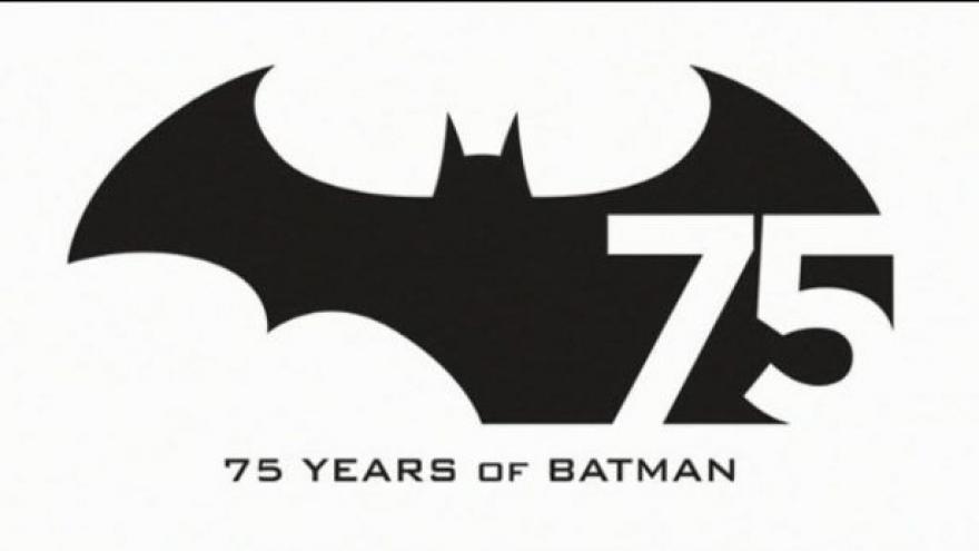 Video Batman slaví v plné síle pětasedmdesátku