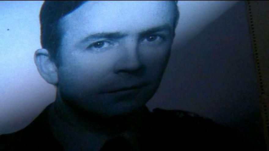 Video Poláci si připomínají příběh rozporuplného agenta