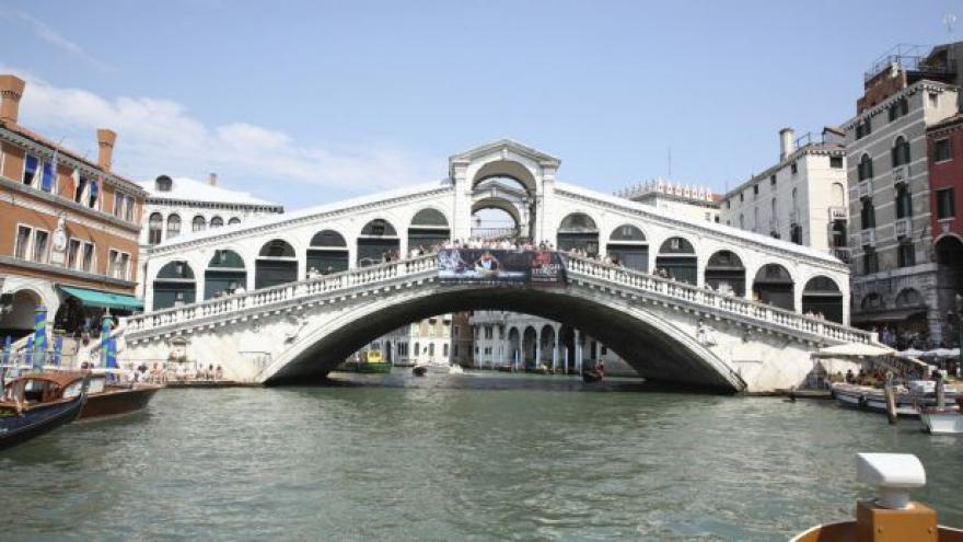 Video Benátčané do dnešního dne hlasovali o nezávislosti na Římu