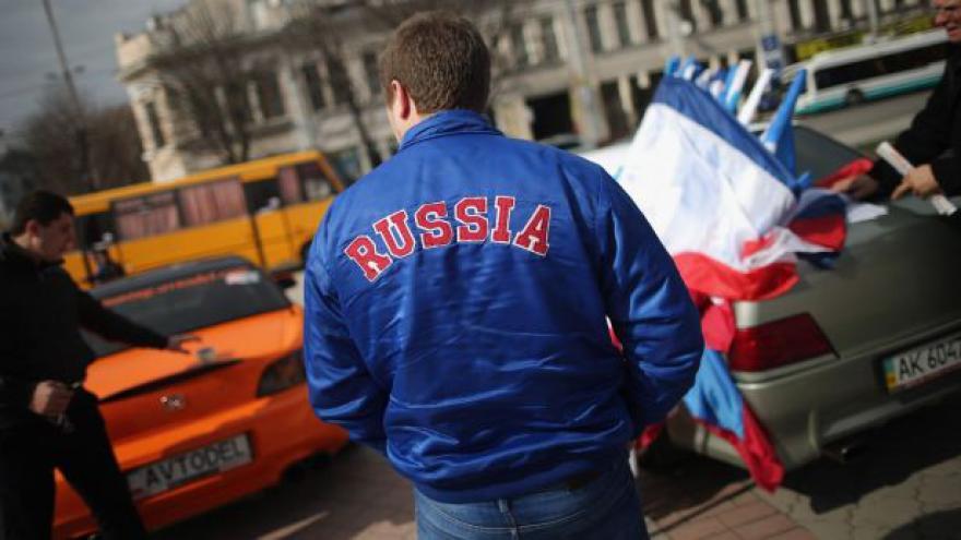 Video Politolog Holzer: Západ nemá nástroje, jak Putina zastavit