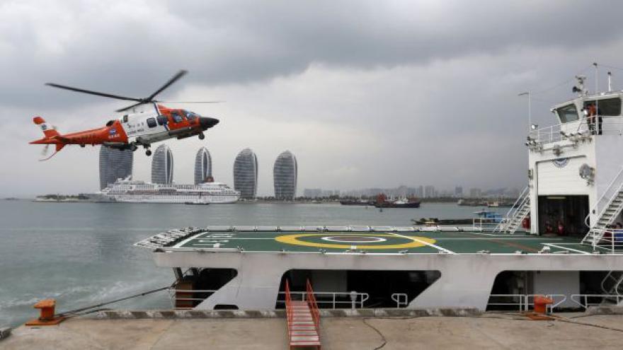 Video Vietnamci našli v moři podezřelý objekt - zřejmě z pohřešovaného letadla