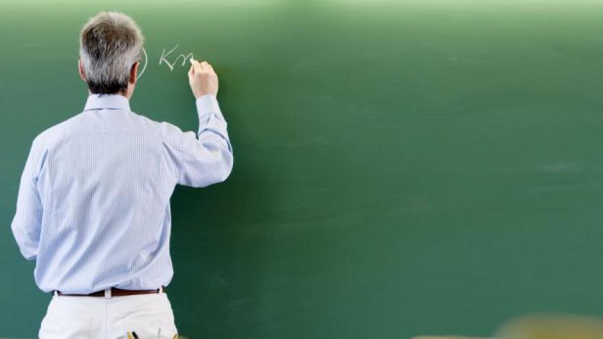 Video Ministr školství Chládek k nekvalifikovaným pedagogům