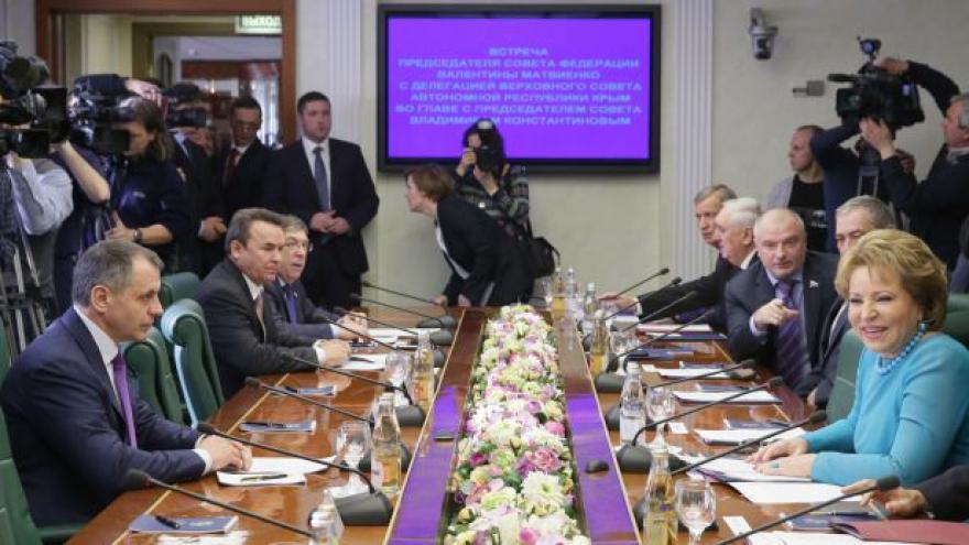 Video Události: Krym spěchá pod křídla Moskvy