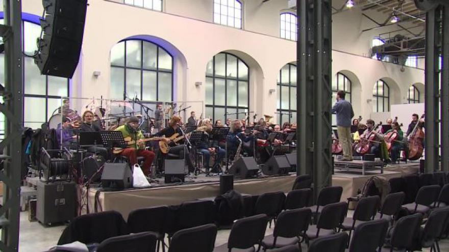 Video NO COMMENT: The Plastic People a Filharmonie Brno