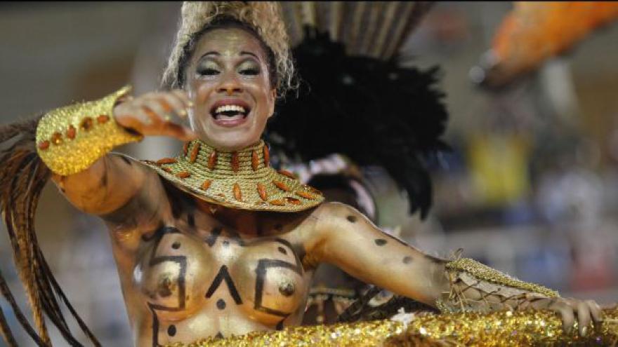 Video Začíná karneval v Riu