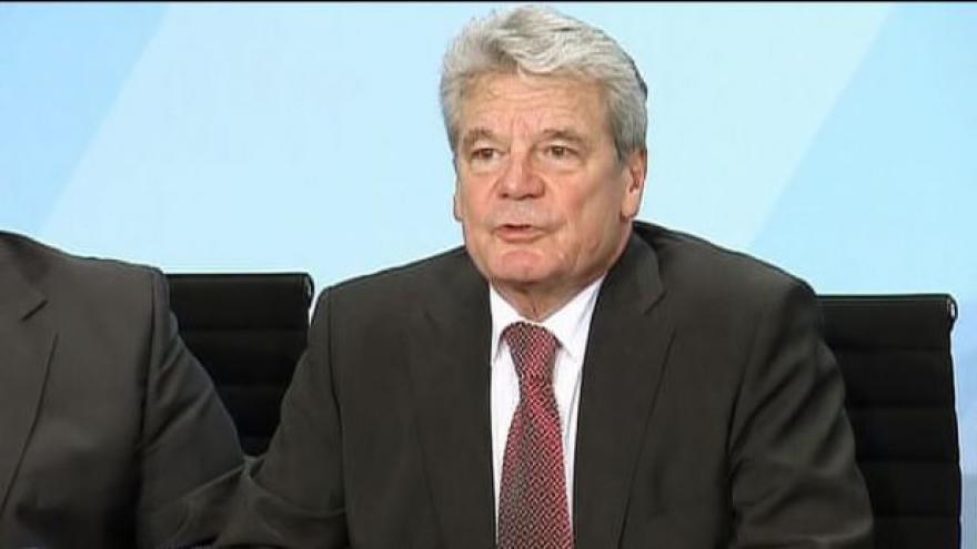 Video Joachim Gauck čelí žalobě krajní pravice