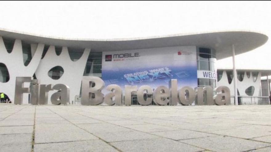 Video Na veletrhu v Barceloně se představují mobilní novinky