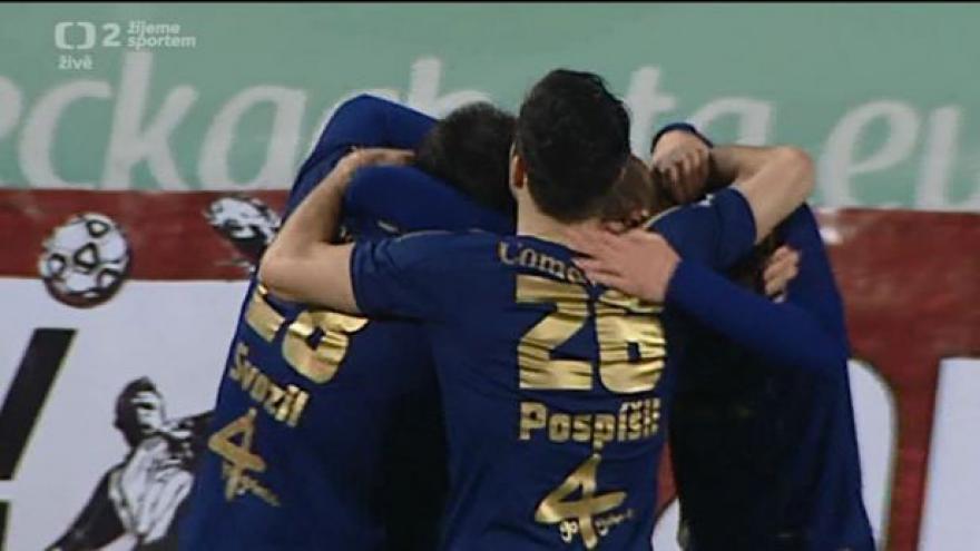 Video Gól v utkání Olomouc - Slavia: Zahradníček - 1:0 (8. min.)