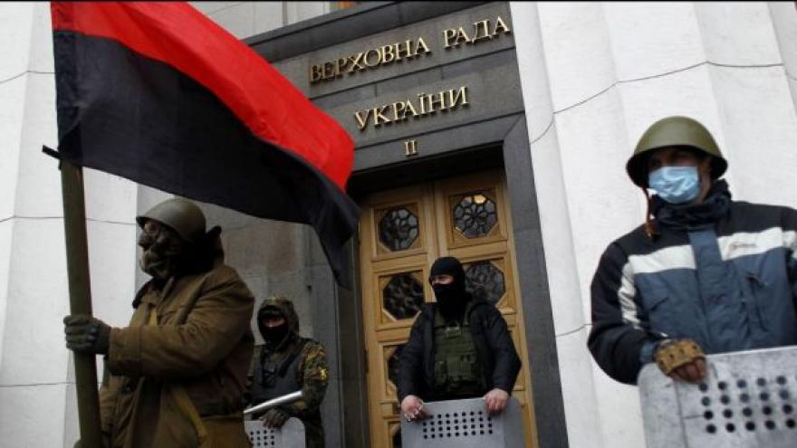 Video Jakub Szántó: Centrální moc v Kyjevě je v rukou opozice