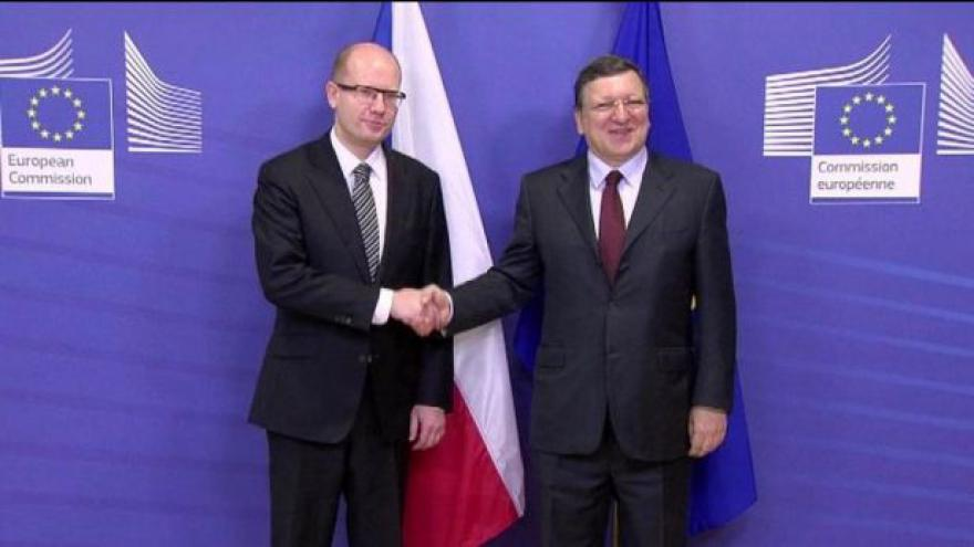 Video Sobotka se sešel s Barrosem i Schulzem