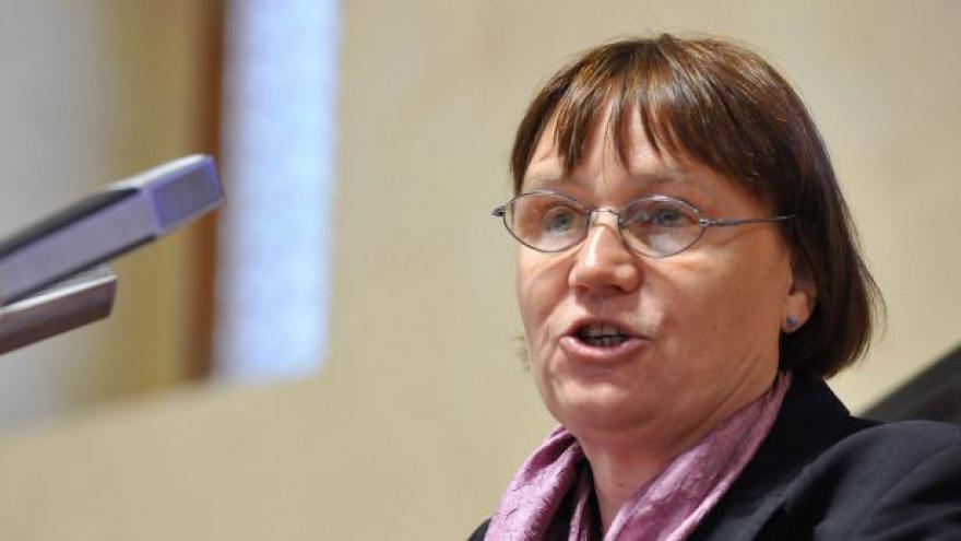 Video Nová ombudsmanka Šabatová se ujímá úřadu