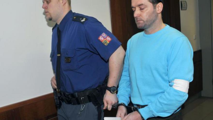 Video Aktér metanolové kauzy poslán na pět let za mříže