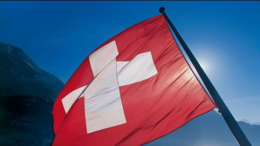 Video Švýcarské referendum Evropě vyrazilo dech