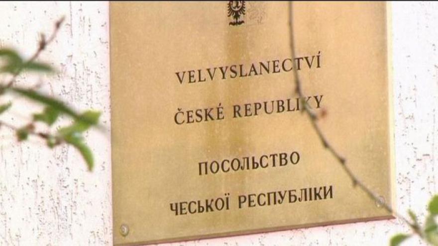 Video Zaorálek hledá nové velvyslance