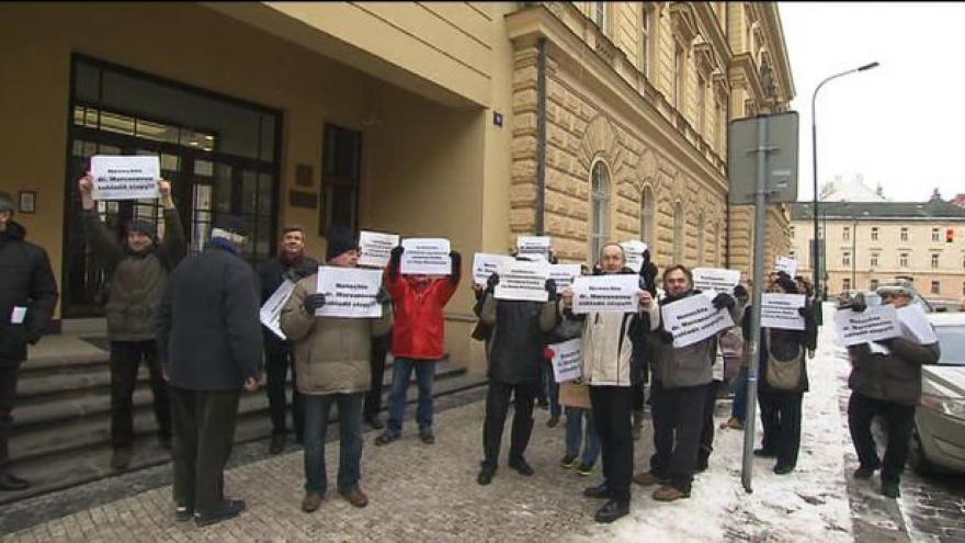 Video Rozprava Hany Marvanové s demonstranty