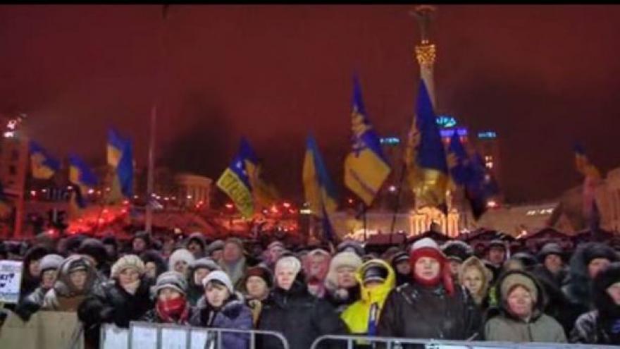 Video Nepokoje v Kyjevě pokračovaly i přes noc