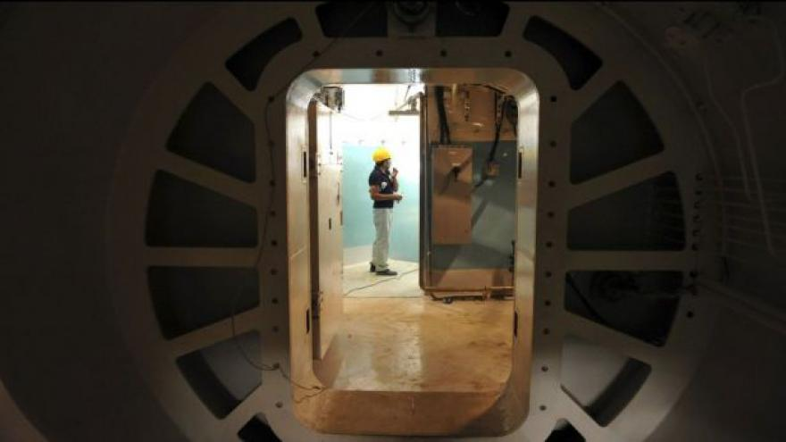 Video Írán odpojil centrifugy v provozech Natanz a Fordo