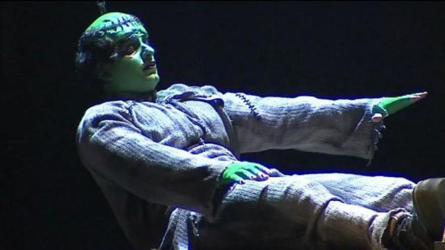 Video Mladý Frankenstein v Brně