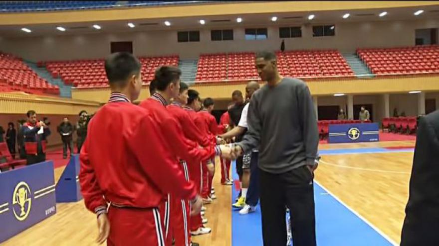 Video Komentář Petra Bláhy k basketbalové exhibici v KLDR