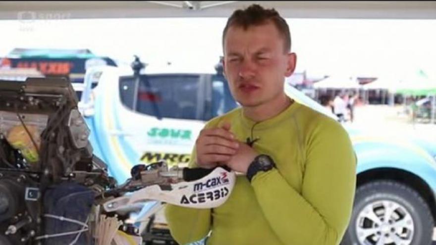 Video Pabiška měl s motorkou ve 2. etapě Dakaru drobné problémy