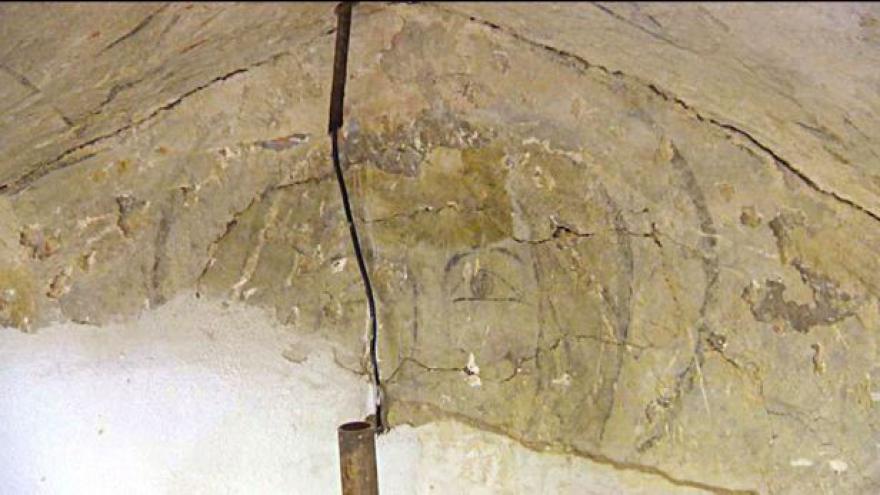 Video Události, komentáře k objevu unikátních fresek v Kuřivodech