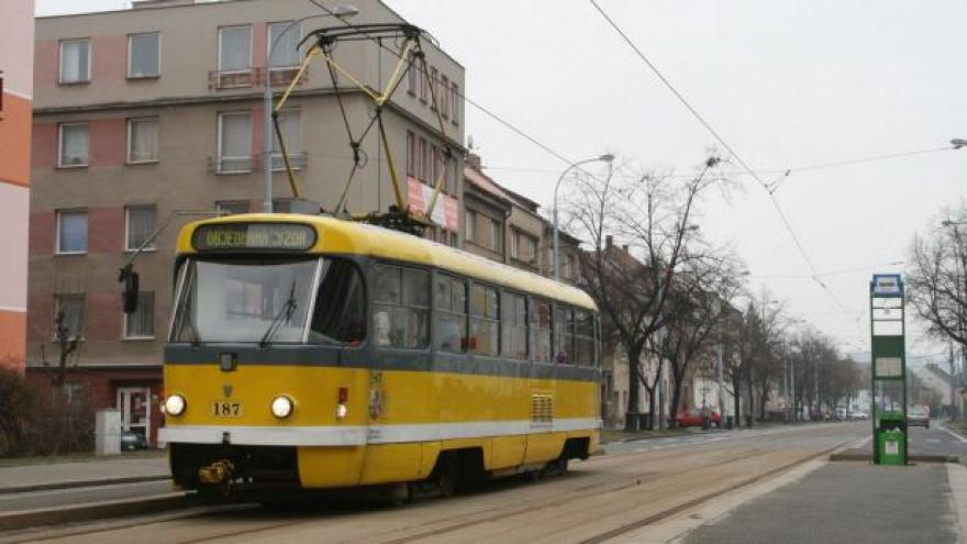 Video Plzeň, Praha a Pardubice zvýšily pokuty pro černé pasažéry