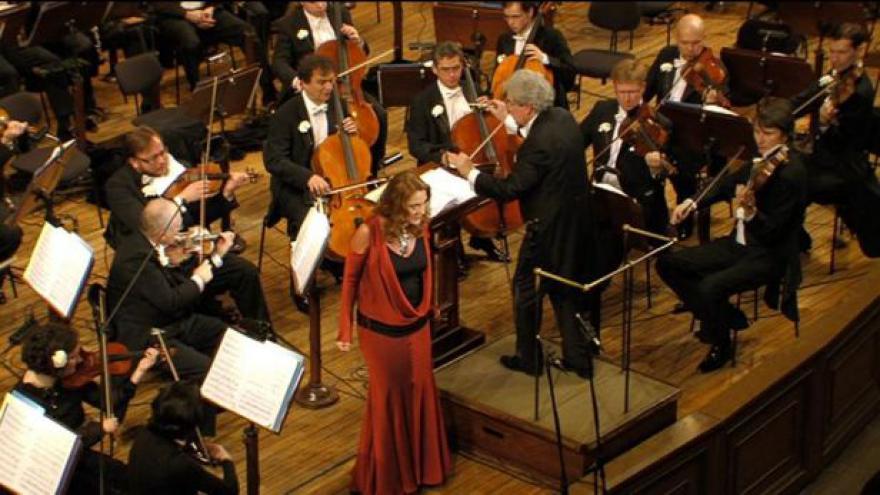 Video Rok české hudby zahájila Česká filharmonie a Magdalena Kožená