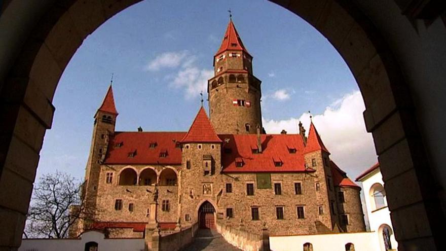 Video Reportáž: Restituční spor o hrad Bouzov