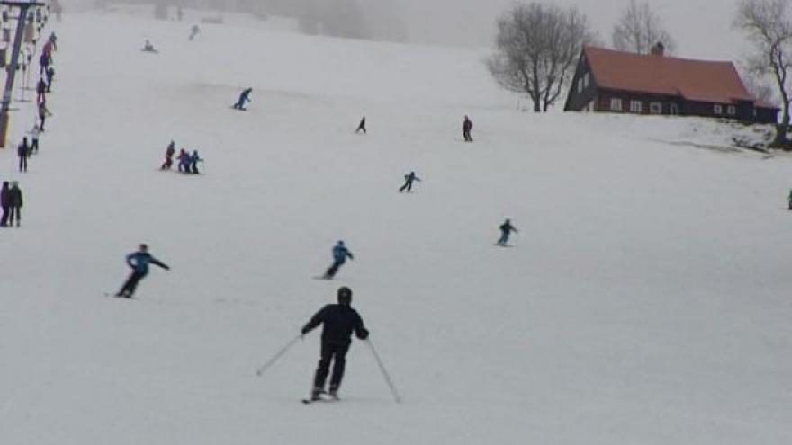 Video Další areály o tomto víkendu otevírají i v Krušných horách