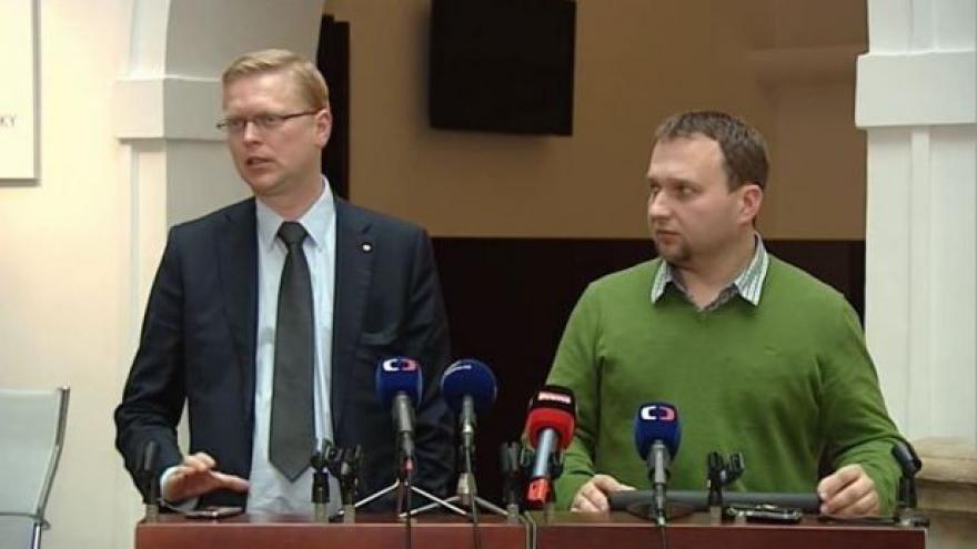 Video Předseda KDU-ČSL Pavel Bělobrádek po jednání s předsedy ČSSD a ANO