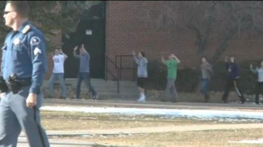Video Události: Střelba na škole v Denveru
