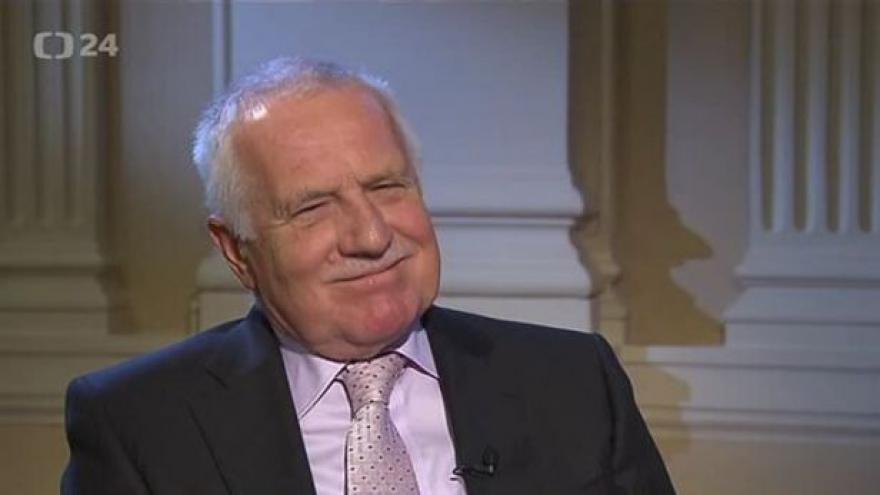 Video Václav Klaus pro ČT komentuje současné politické dění