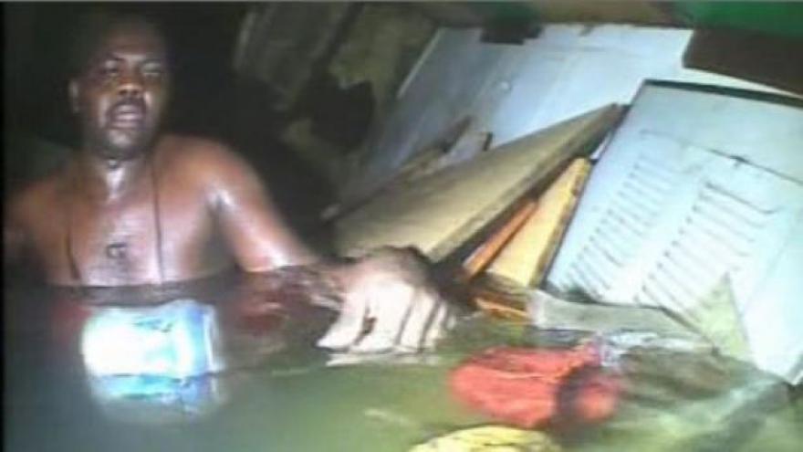 Video Podívejte se: Nigerijce na dně Atlantiku našel potápěč