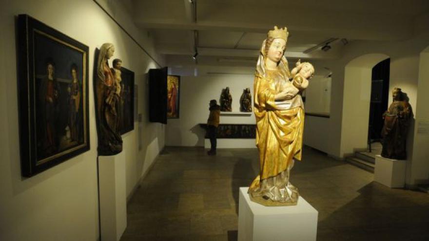 Video Západočeská galerie vystavuje gotiku