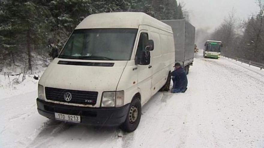 Video Česko má za sebou první silnější sněžení