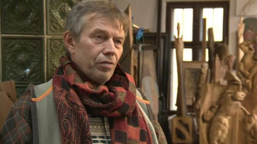 Video O svém betlému hovoří řezbář Jiří Netík
