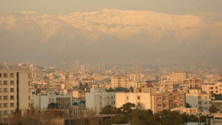 Video Horizont ČT24: Chameneího finanční impérium
