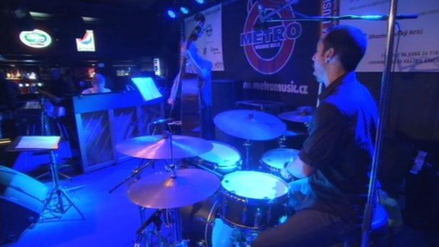 Video NO COMMENT: Koncert Antonia Sancheze a kapely Migration