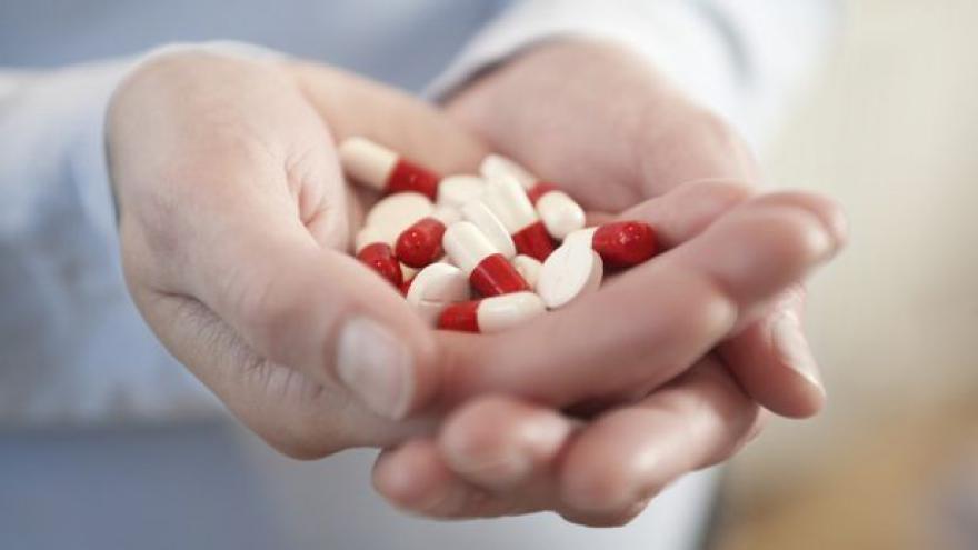 Video Události: Levnější léky prodávají překupníci do zahraničí