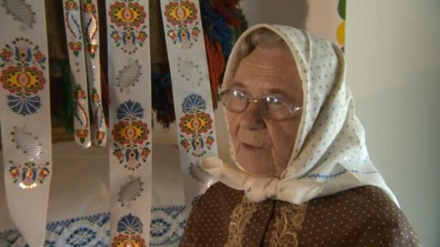 Video Malérečka Marie Švirgová vypráví, jak se k řemeslu dostala